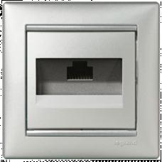 Розетка компьютерная 1xRJ45 UTP кат.5e Valena 770230 алюминий