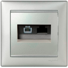 Розетка информационная 2-ная RJ 45 (6e UTP+RJ11) Valena 770280