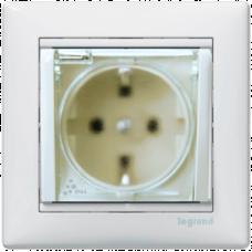 Розетка с крышкой влагозащищенная IP-44 Valena 774220 белая