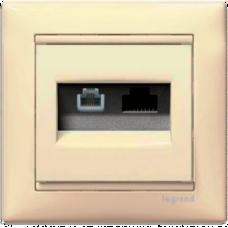 Розетка информационная 2-ная RJ 45 (6e UTP+RJ11) Valena 774180