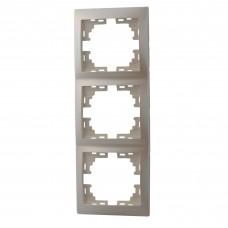 Рамка 3-ая вертикальная без вставки LEZARD MIRA жемчужно-белый перламутр